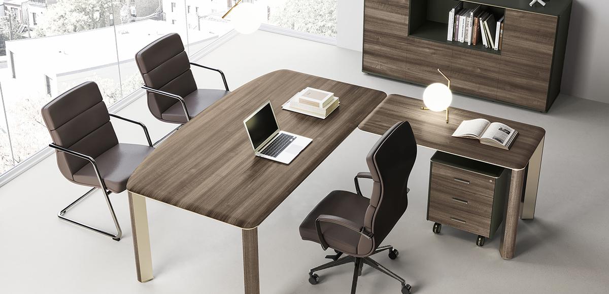 Bureau Moderne Iulio par Las Mobili, SI design