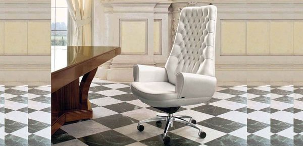 SanGiorgio leather classic chair